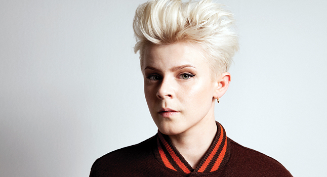 robyn-040212-download.jpg