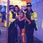 Minst 22 personer döda i misstänkt terrorattack i samband med Ariana Grande-spelning
